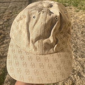 Dooney and Bourke Tan Hat , NWT
